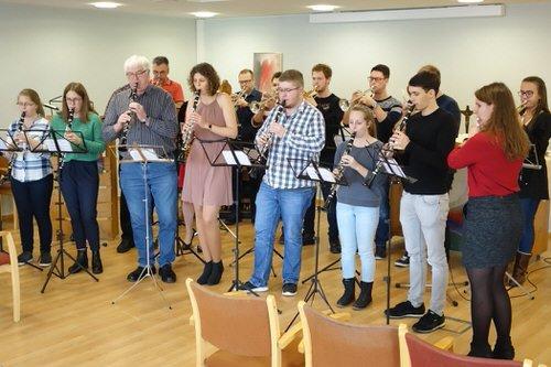 Weihnachtslieder Blasorchester.Das Blasorchester Des Tv Runkel Beendete Das Jahr 2017 Auf